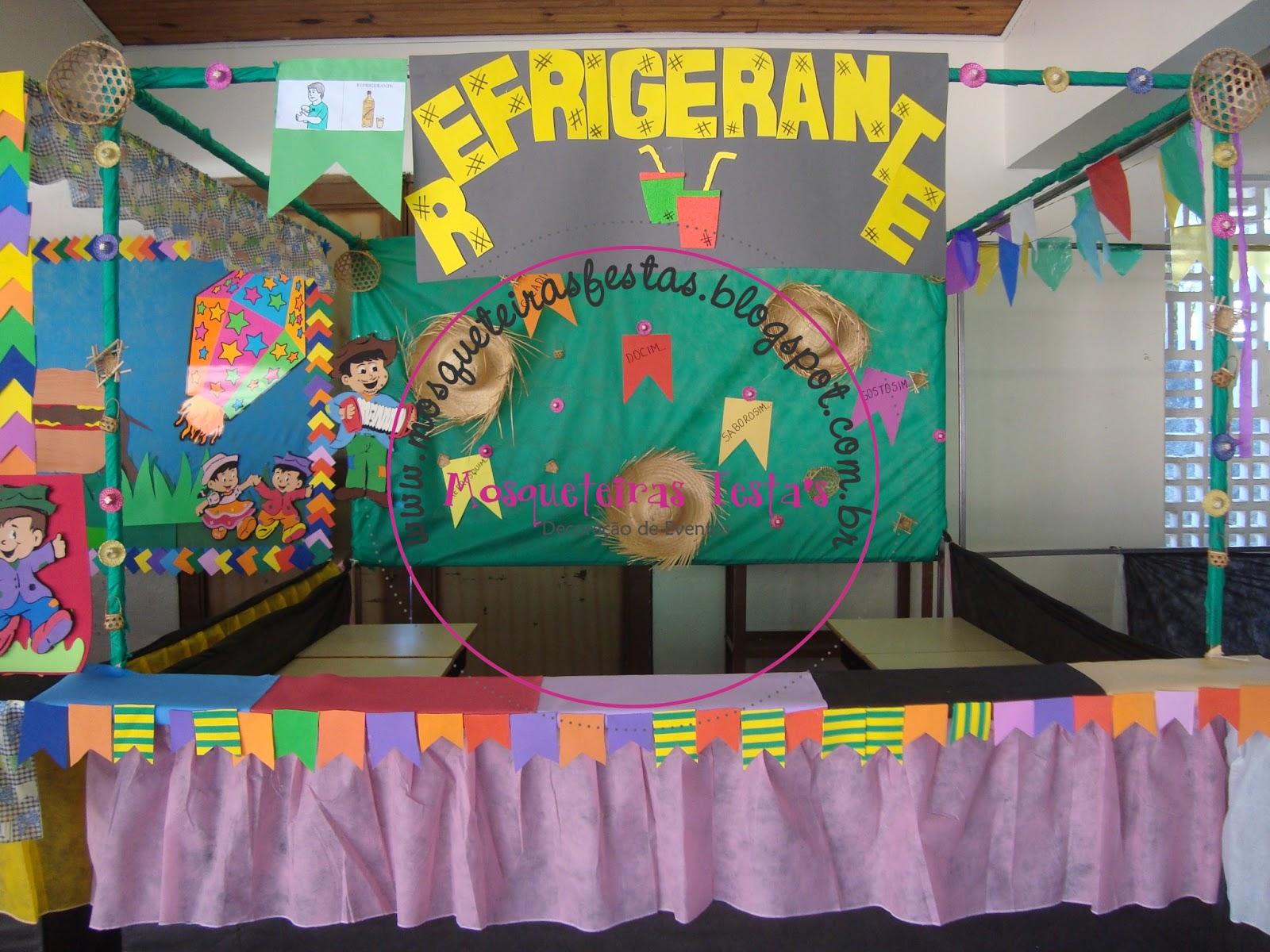 decoracao festa junina na escola: escola, ela nos pediu pra decorar as barracas de sua festa junina