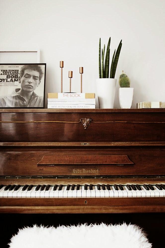 drewniane pianino