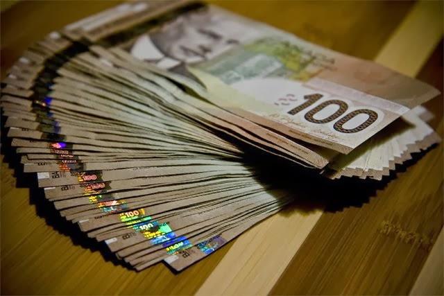 Canadian-Money.jpg