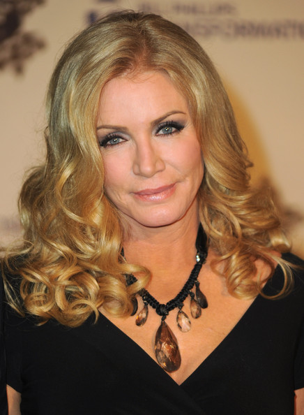 shannon tweed hairstyles