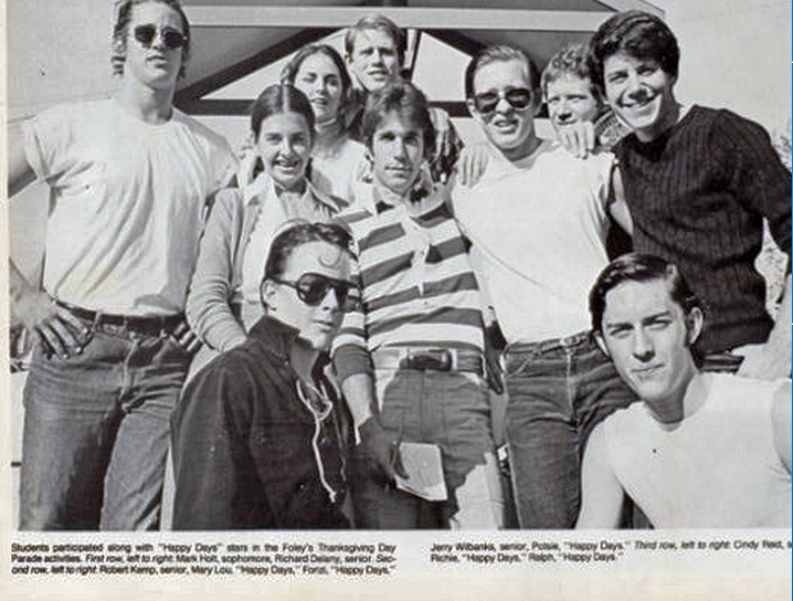 South belt houston digital history archive happy days thanksgiving 1974 after the first season of happy days aired some dobie students got to meet about half the cast at the foleys thanksgiving day parade m4hsunfo