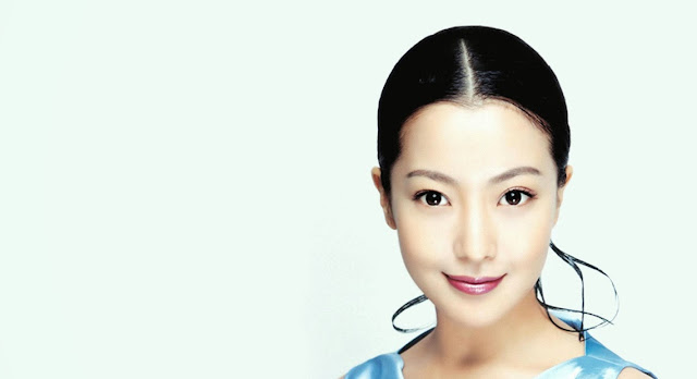 Kim Hee Sun Stars HD Wallpaper