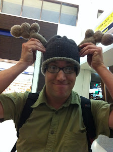 CLICK ON WARREN'S MOOSE HAT TO READ THE GLOWING REVIEWS