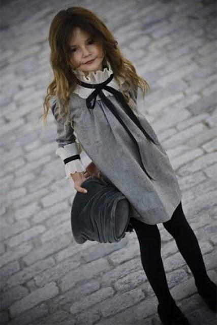 #tendencias #modaniña #gris #PequeñaFashionista