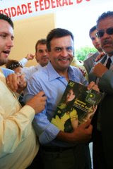 Senador Aécio Neves e a Revista Pequi Magazine!