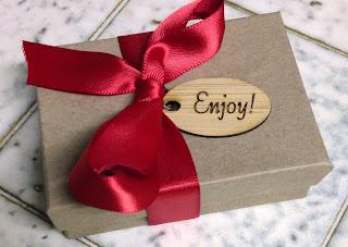 YvonneLaubeDesigns packaging