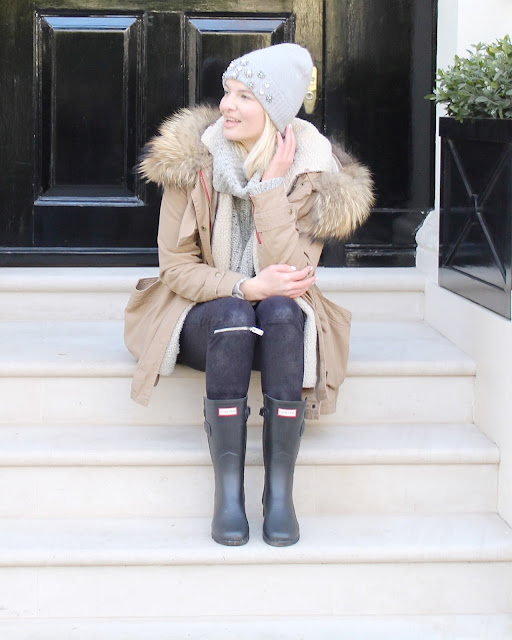 faux fur parka, shearling lined parka, minusey parka, boden beanie, hunter wellies, black wellies