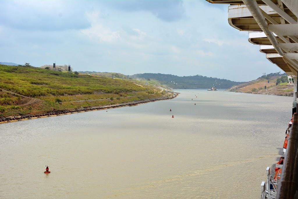 Gatun Lake Panama cruise