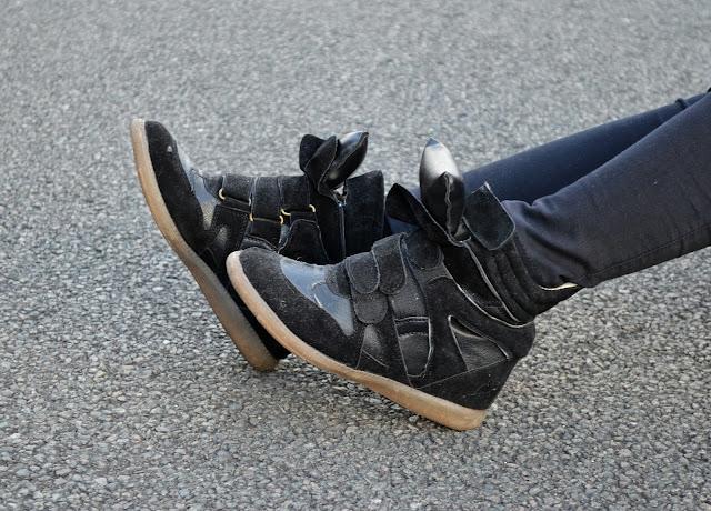 Sammi Jackson - Choies Wedged Sneakers