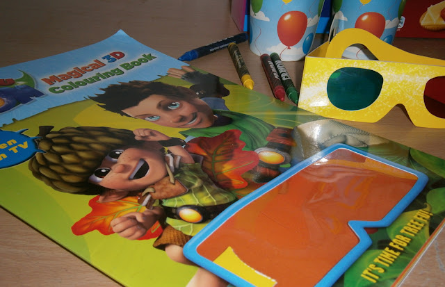 tree fu tom 3d colouring book