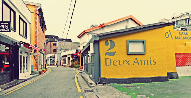 beautiful and quaint small alleys  | www.meheartseoul.blogspot.sg