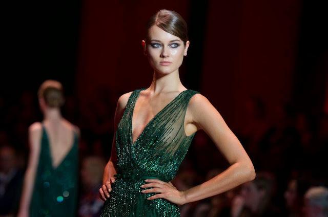 robes de soirée verte haute couture défilé elie saab