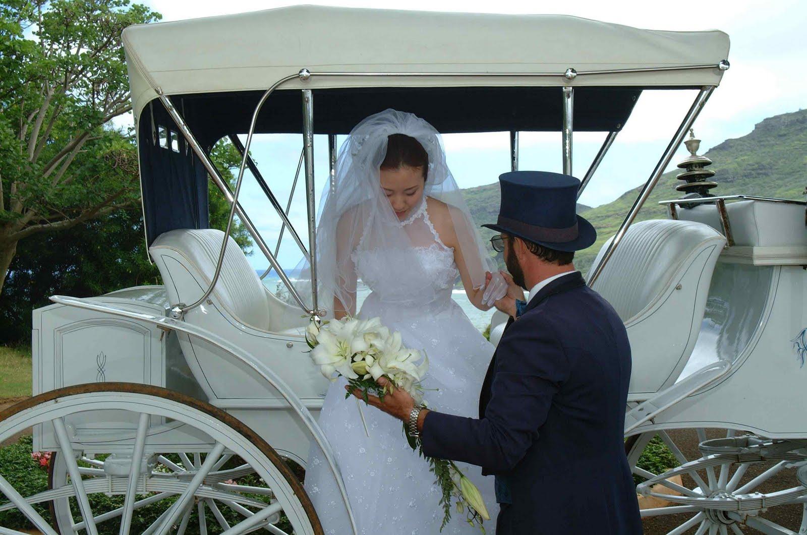 Учит перед свадьбой 13 фотография