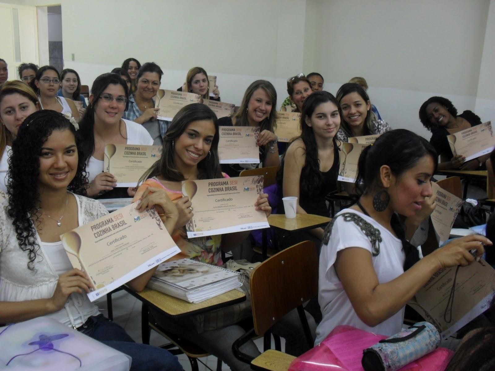 Vida de Nutri: Cozinha Brasil na Faculdade Bezerra de Araújo / 2012 #913B6C 1600 1200