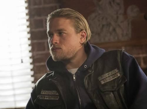 Charlie Hunnam in Sons of Anarchy season finale