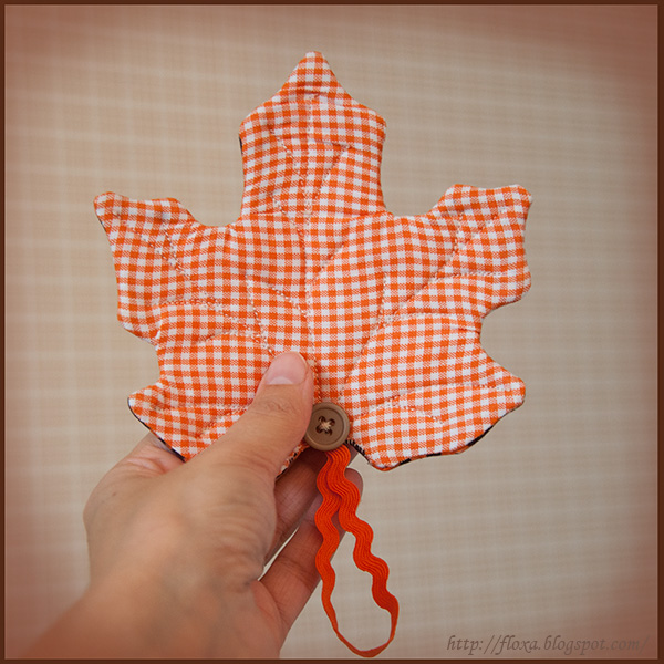 шитье осень лист, кленовый лист своими руками, подарки своими руками, подарок для мамы своими руками, прихватка кленовый лист
