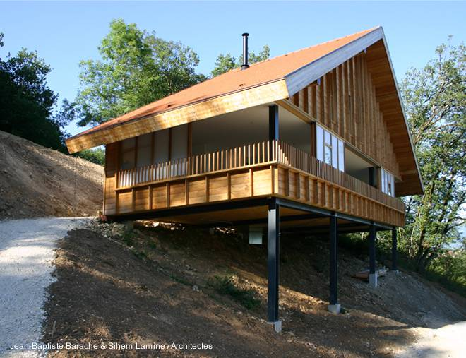 Arquitectura de casas moderna casa de monta a en acero y for Arquitectura de madera