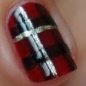 http://www.beautyill.nl/2013/12/diy-nail-art-christmas-tartan.html