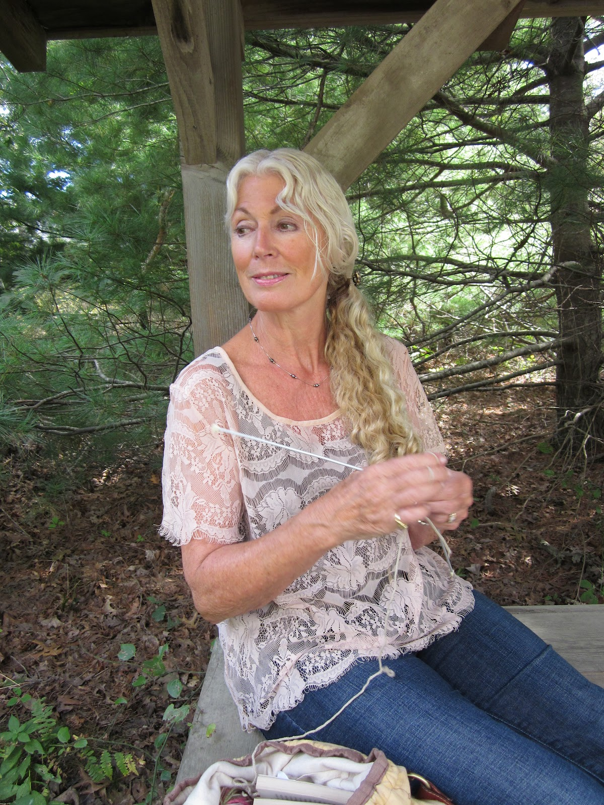 Old Grandma Knitting : Meg s yarns the art of knitting