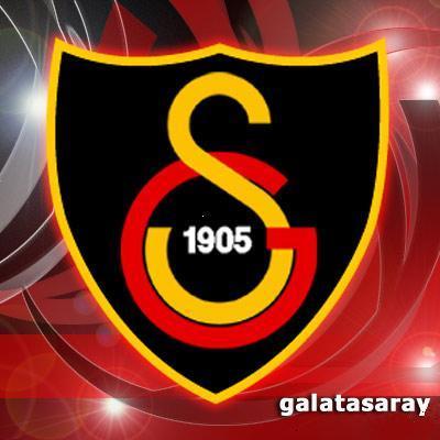 Galatasaray Kaleci ve Defans Oyunu