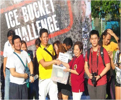"""QUEZON CITY, Philippines–Around 200 Filipinos joined the ice bucket """"group"""" challenge at the Quezon Memorial Circle football field on Sunday, September 7, after Qatar nominated the Philippines to accumulate donations […]"""