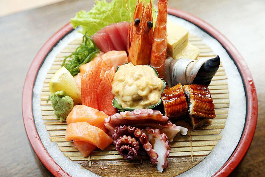 Sashimi Moriawase Kessaku Japanese Restaurant
