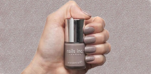 Unhas de concreto - Concrete Effect - Nails Inc - nail art - cinza London Wall