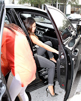 Kim Kardashian getting in the car