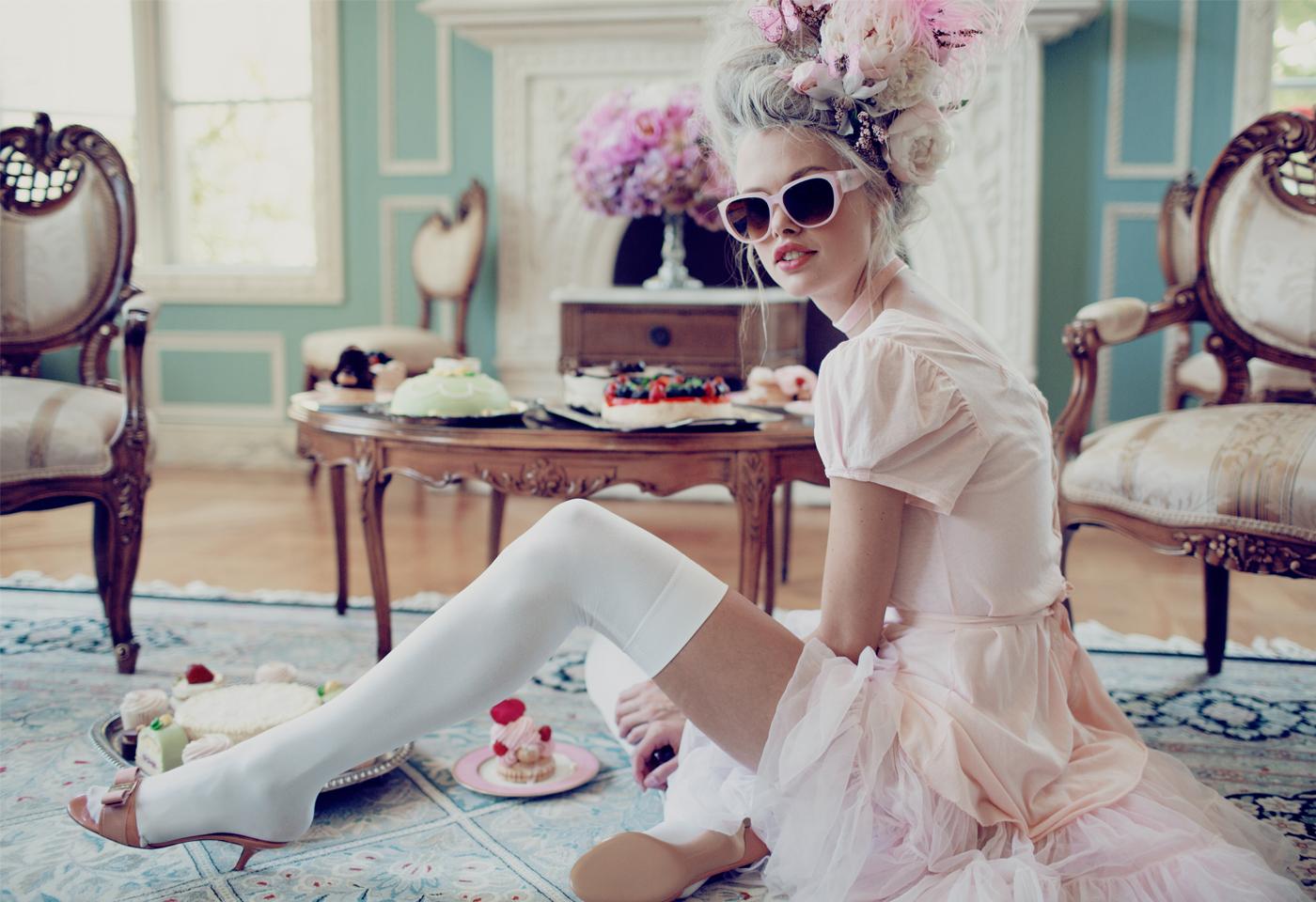 Fit For a Queen — Wildfox Sunglasses Fall 2014 Lookbook - Emma Stern Neilson | Atomlabor Blog
