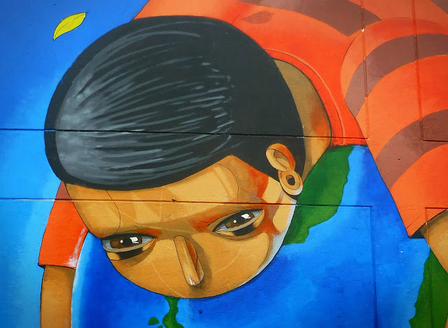 Peruvian Street Artist Jade Paints a New Mural In Barrios Altos, Lima. 5