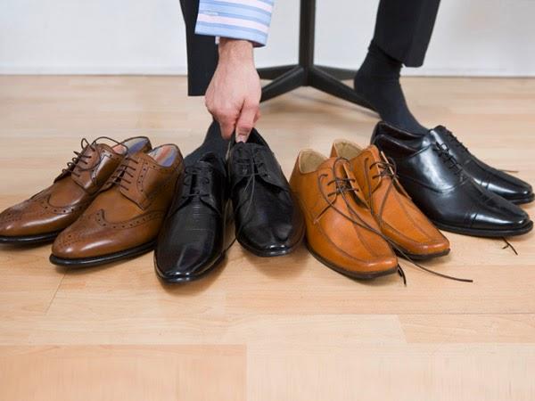 طرق اختيار حذاء الرجل الملائم