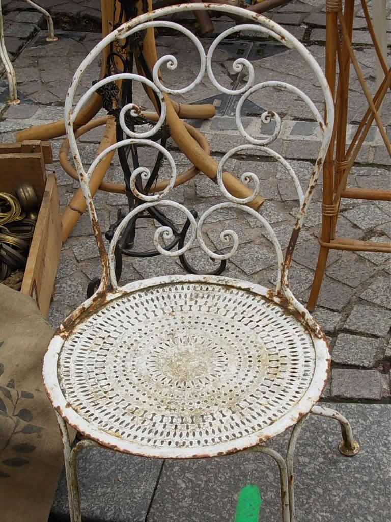 rosenreslis traum antikmarkt in frankreich. Black Bedroom Furniture Sets. Home Design Ideas