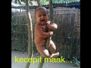 Foto Dan Gambar Lucu facebook kecepit mak