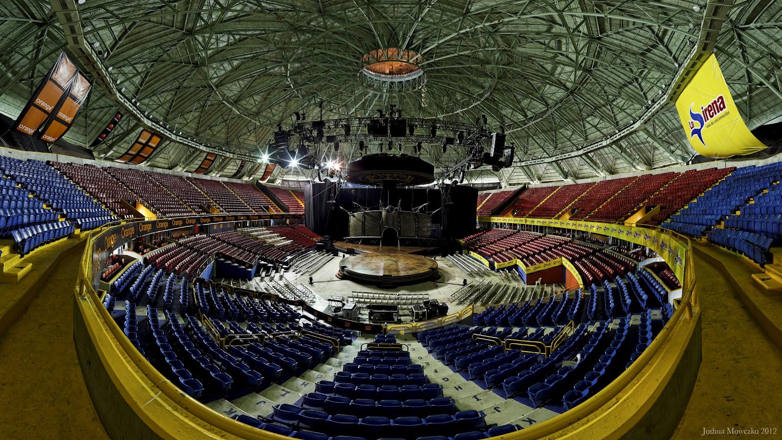 Life in the circus palacio de los deportes santo domingo dr for Puerta 7 palacio delos deportes