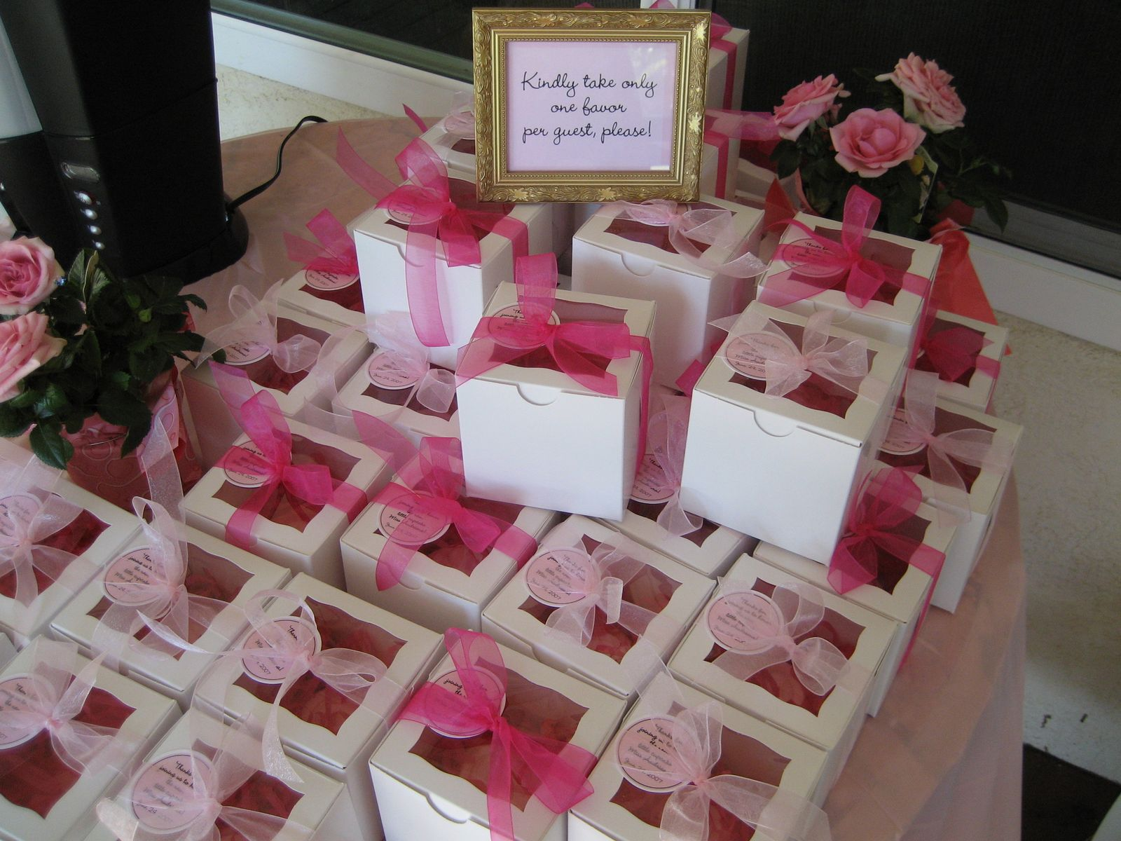 homemade baby shower favors party favors ideas. Black Bedroom Furniture Sets. Home Design Ideas