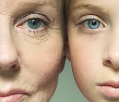 visage vieux et jeune