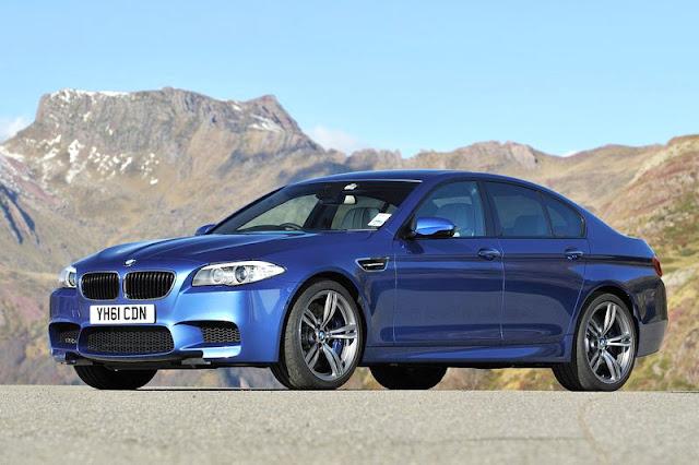 2012 BMW M5 Sedan Wallpaper