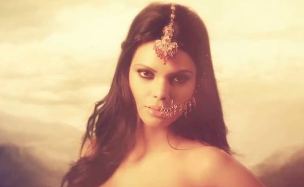 Sherlyn Chopra - Kamasutra 3D - Photo Shoot