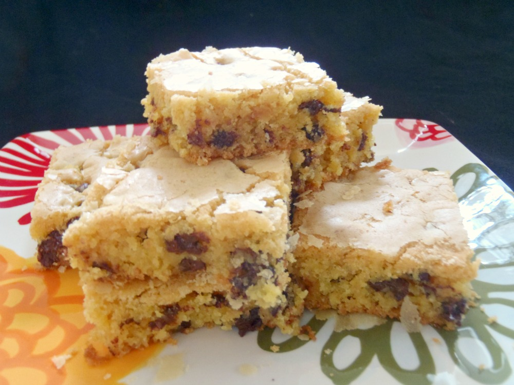 Aunt Peg's Recipe Box: Cake Mix Cookie Bar's