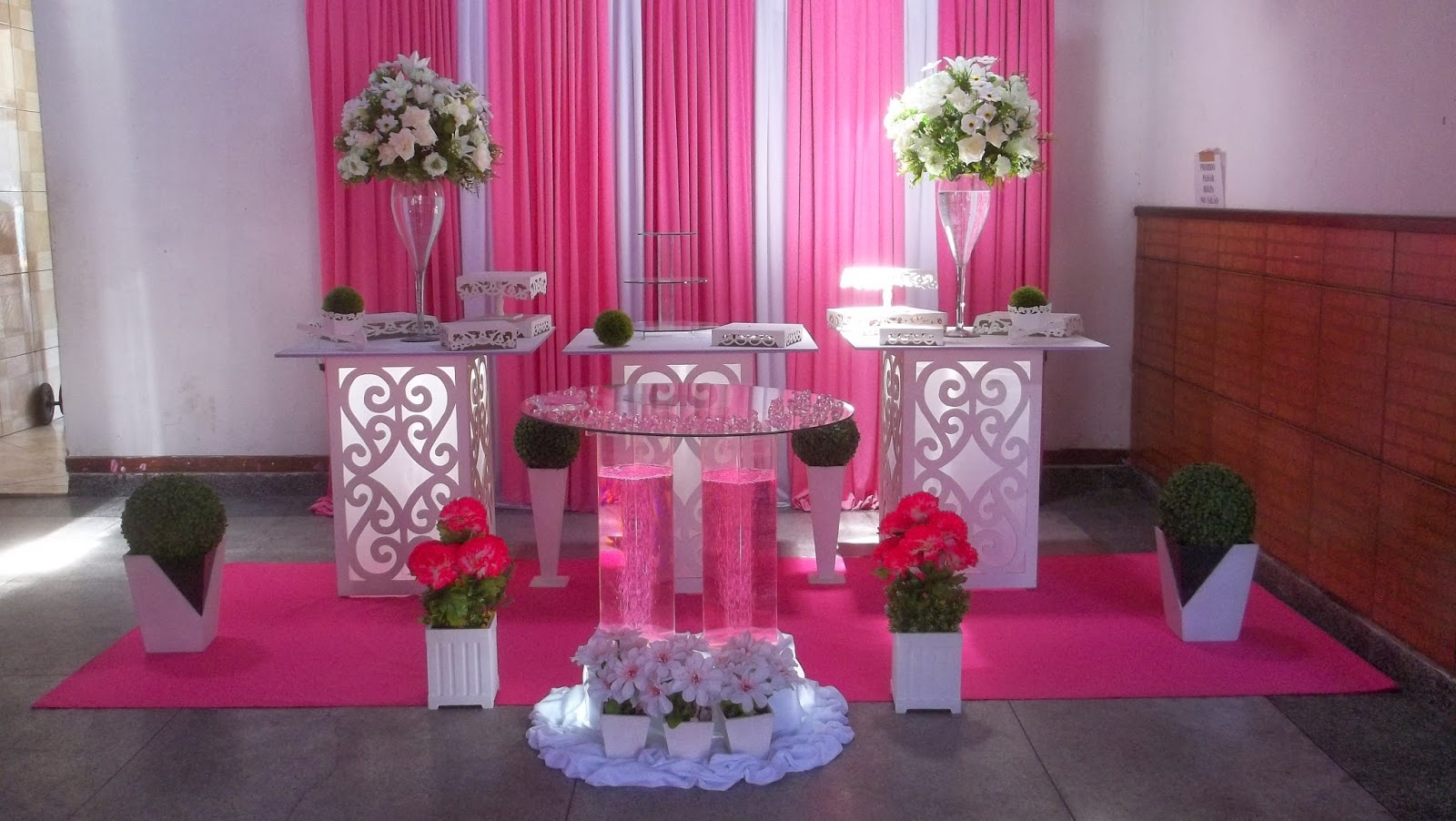Anos  Rosa e lilás  Dilúcia Festas Decoração Infantil e Social