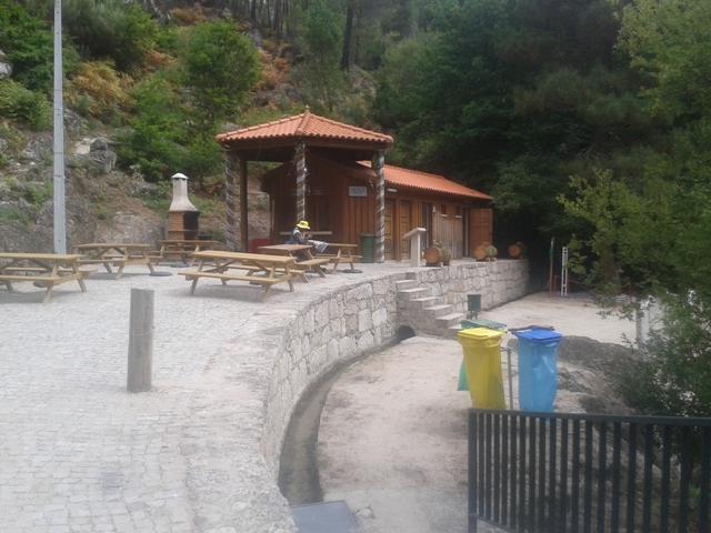 Parque de Merendas da Caniça
