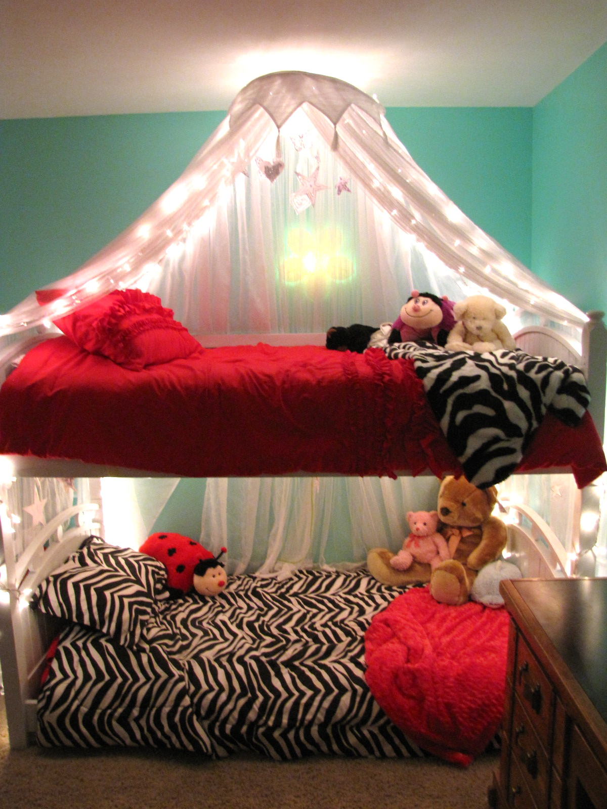 priddy haven project girls lighted bed canopy. Black Bedroom Furniture Sets. Home Design Ideas