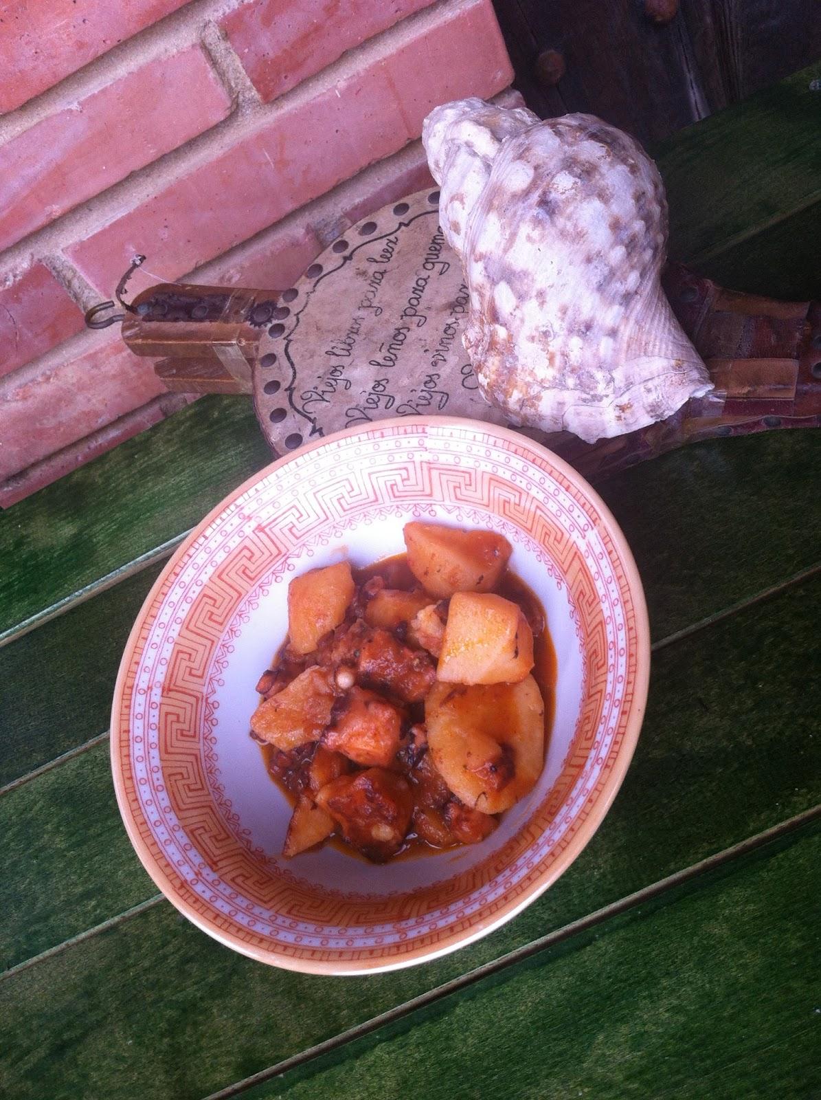 La cocina de las casinas patatas con pulpo de pedreru by jose Como se cocina el pulpo