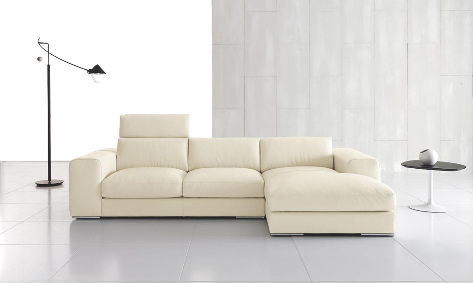 Divani blog tino mariani in anteprima le nuove immagini dei divani in pelle - Divano in pelle ikea ...