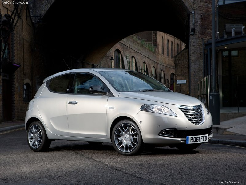 2012 New Chrysler Ypsilon