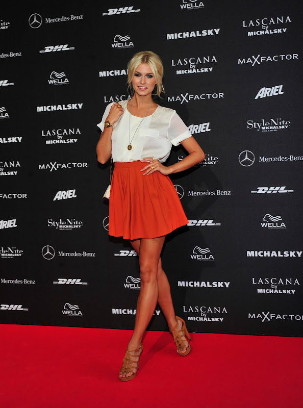 Lena Gercke Reviewed by John Sent on Rating: 4.5 title=