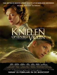 In my Father?s Garden (Knielen op een bed violen) (2016)