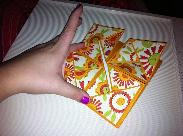napkin-card-fold-flower-how-to