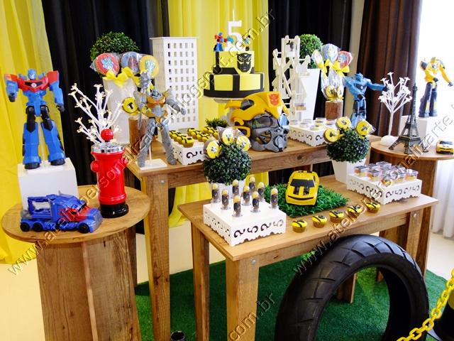 Decoração de festas, lembrancinhas personalizadas, bolos