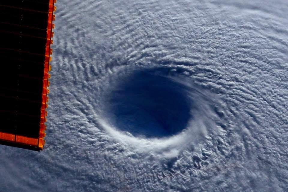 Fotos do Furacão Maysak feitas a partir da Estação Espacial Internacional